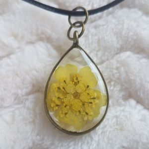 Yellow Flowers Necklace, Handcrafted NWOT